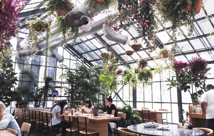 Commissary at The Line Hotel (絶対に可愛いグリーンハウスのレストラン)